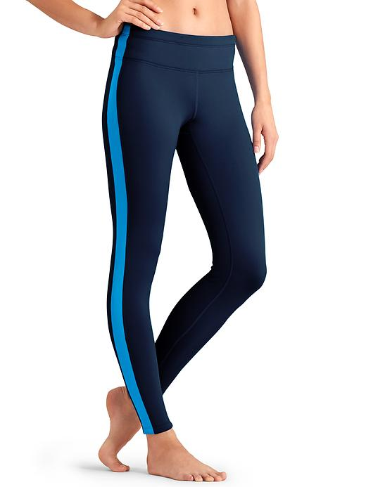 Your cold-weather training tight with thermal insulation, 4-way stretch and plush-back comfort that you can wear it alone or as an expedition-weight base layer. athleta.com$84.00